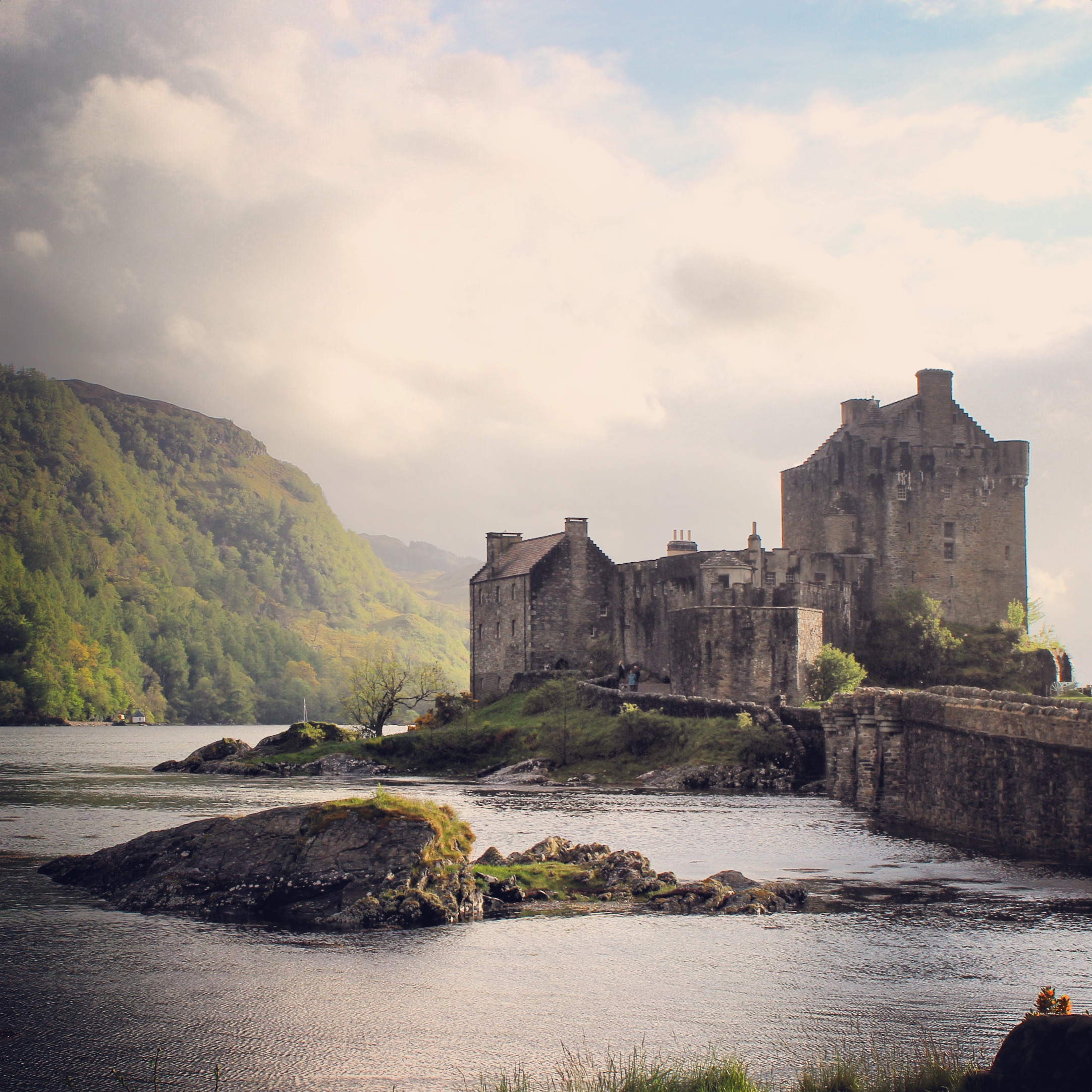 Photos from the Motherland - Eileen Donan Castle